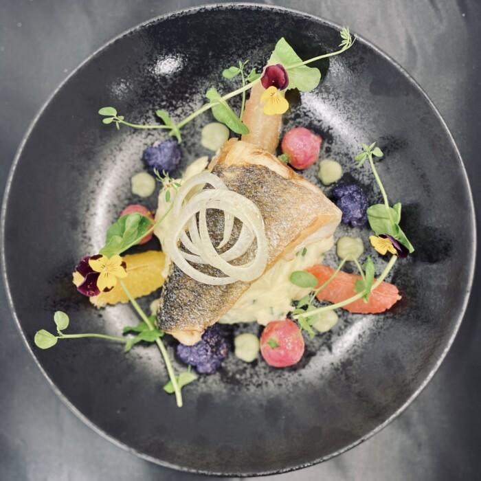 Bar et légumes - plat gastronomique - Luxembourg